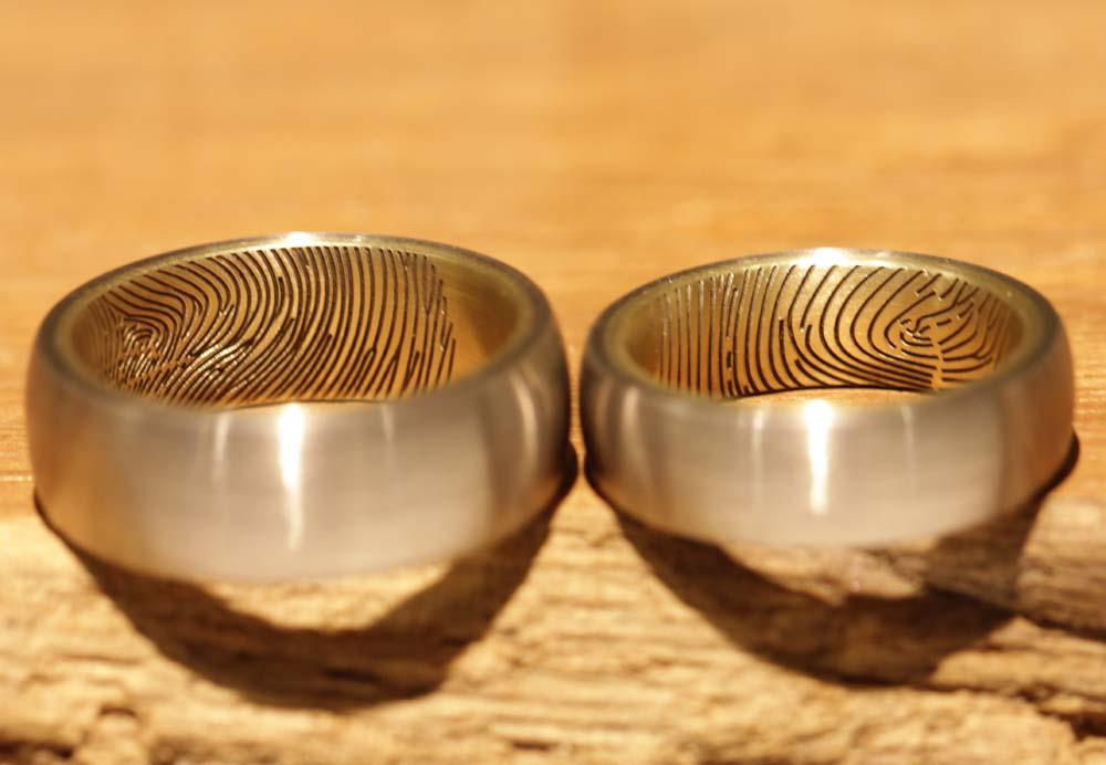 fingerprint-gravur-trauringe-gold (1)