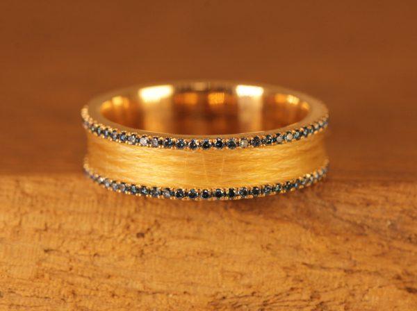 horsehairring-rosegold-blue-diamond (1)