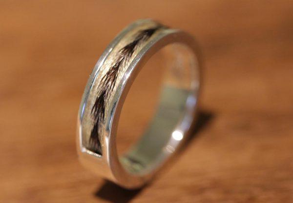 Silberring mit schönem muster