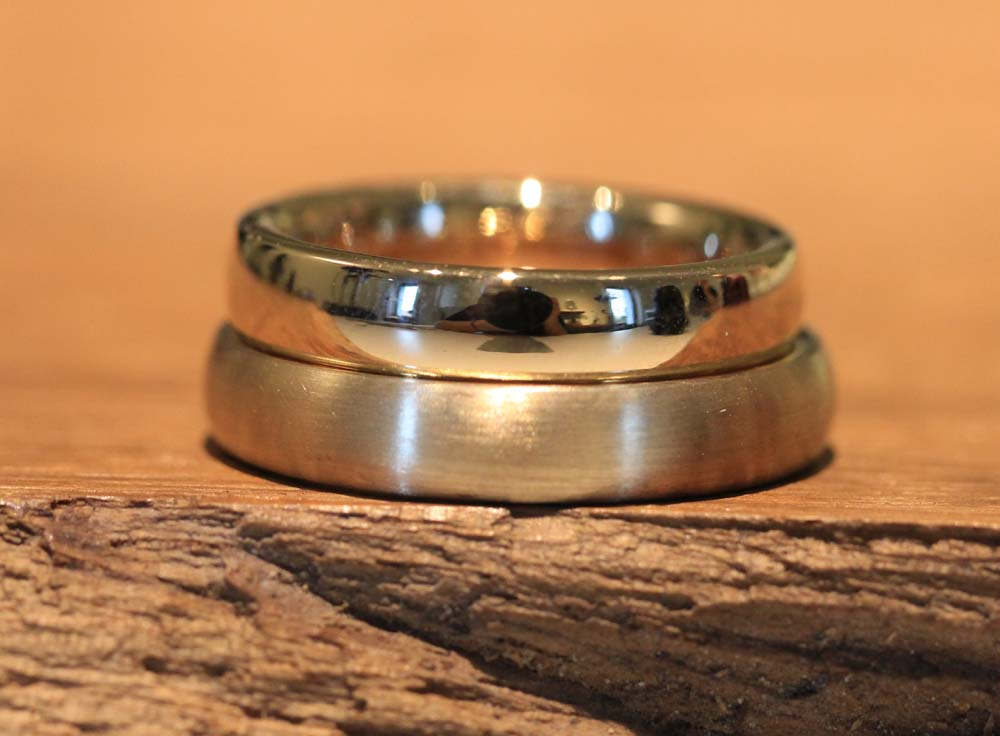 Image 045: single-colored wedding rings in rose gold, quality from the goldsmith.