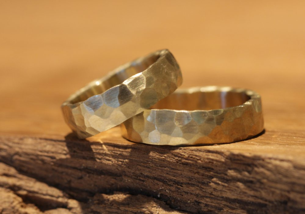 Image 048b: Retro wedding rings, hammered and hand-forged, yellow gold.