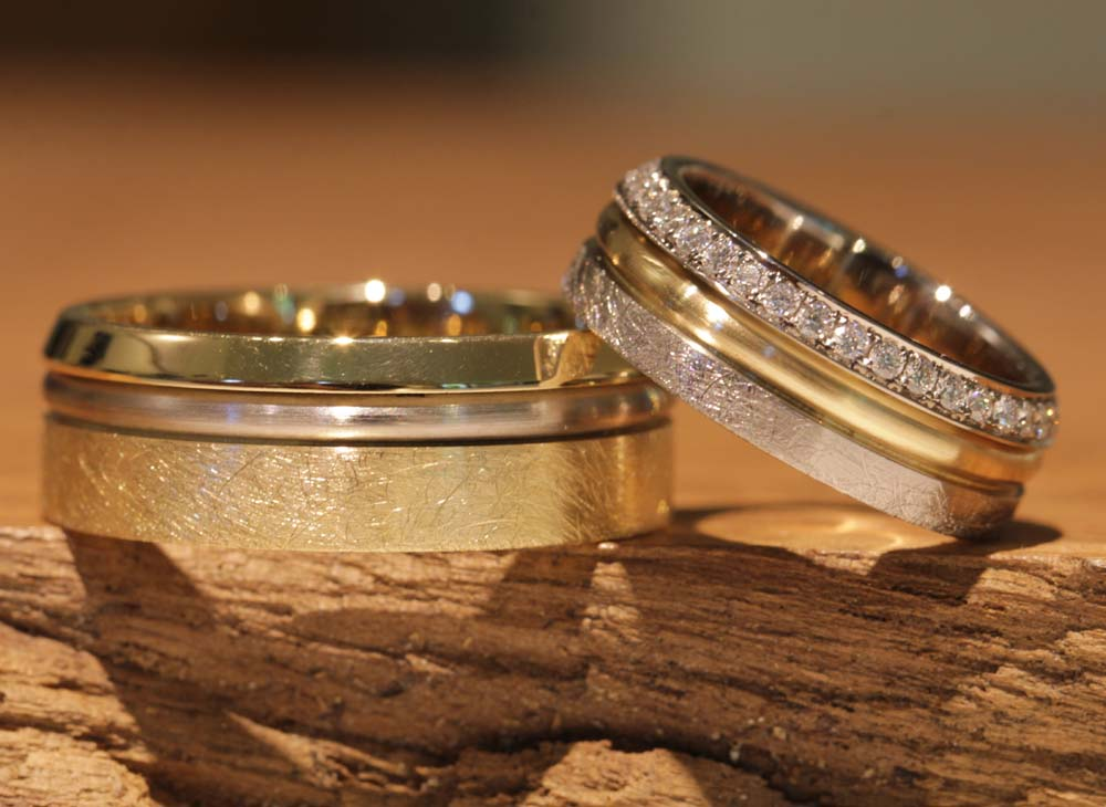 Image 049: unusual wedding rings as individual production by the goldsmith, unique.