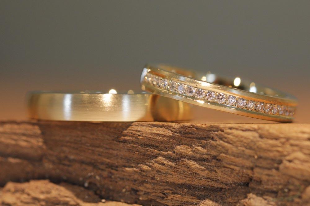 132b wedding rings
