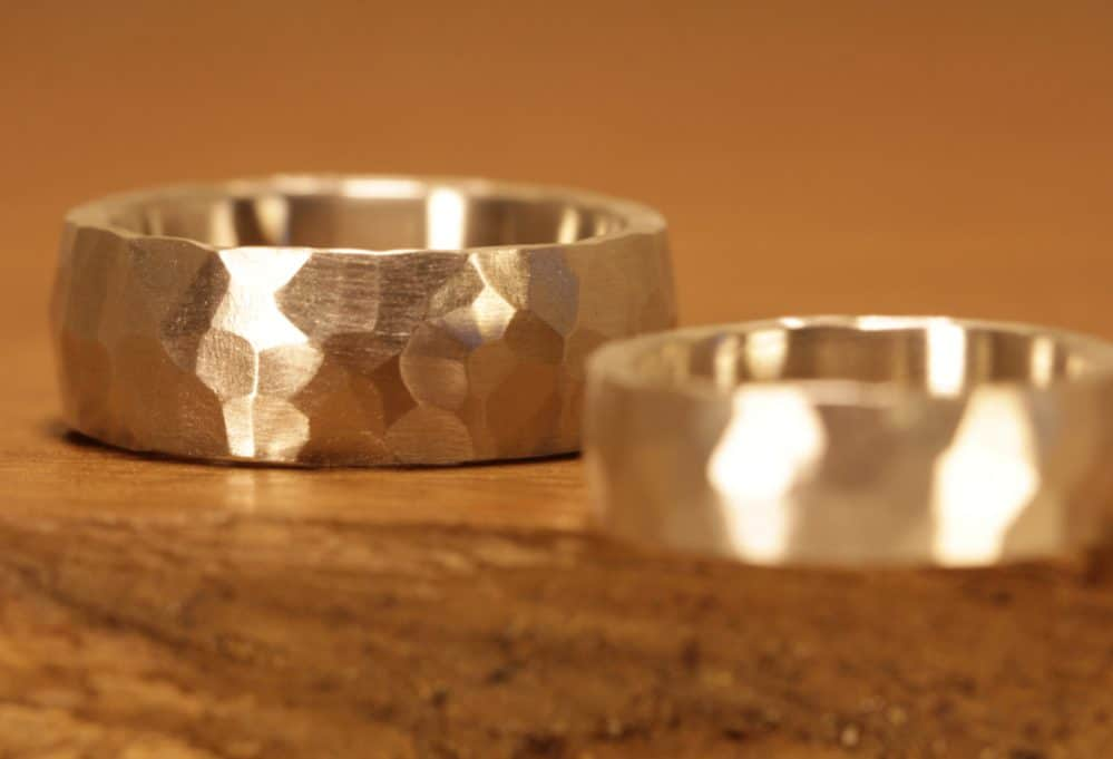 Image 174: Wedding rings made of silver, surface hammered with the track ..