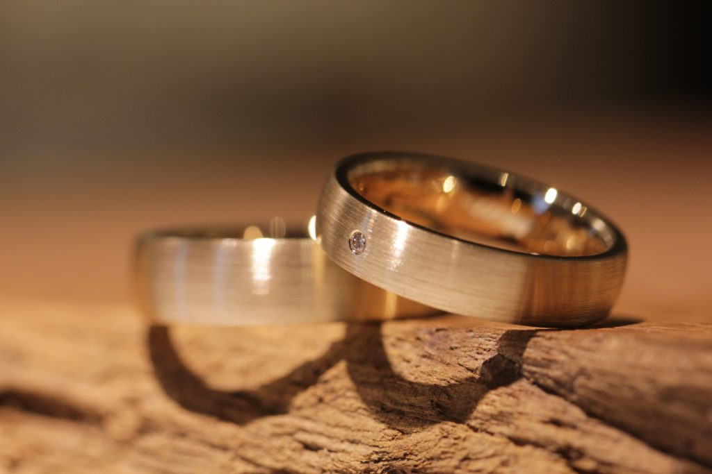Image 196: Wedding rings made of red gold with brilliant-cut diamonds, matt outside, polished inside.