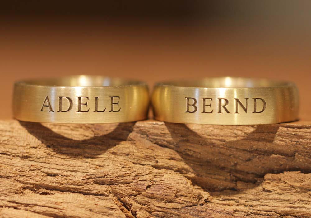 wedding-rings-engraving-outside-block letters-laser (3)