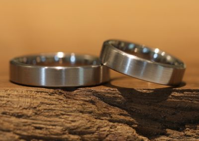004 wedding rings