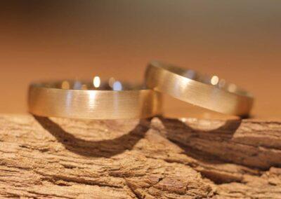 005 wedding rings