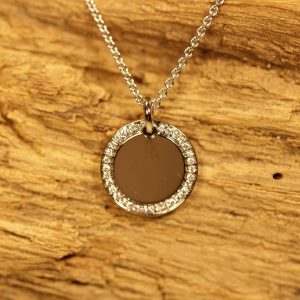 Circle pendant with diamonds 12mm (3)