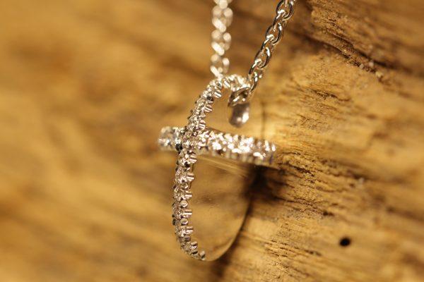ovales Kreuz (2)