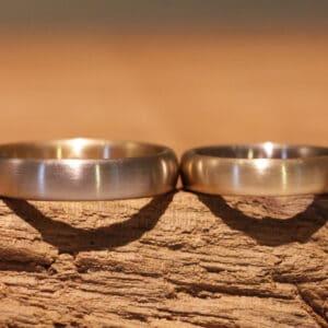 Hochzeitsringe Steckloetringe aus 585er Rosegold und Graugold